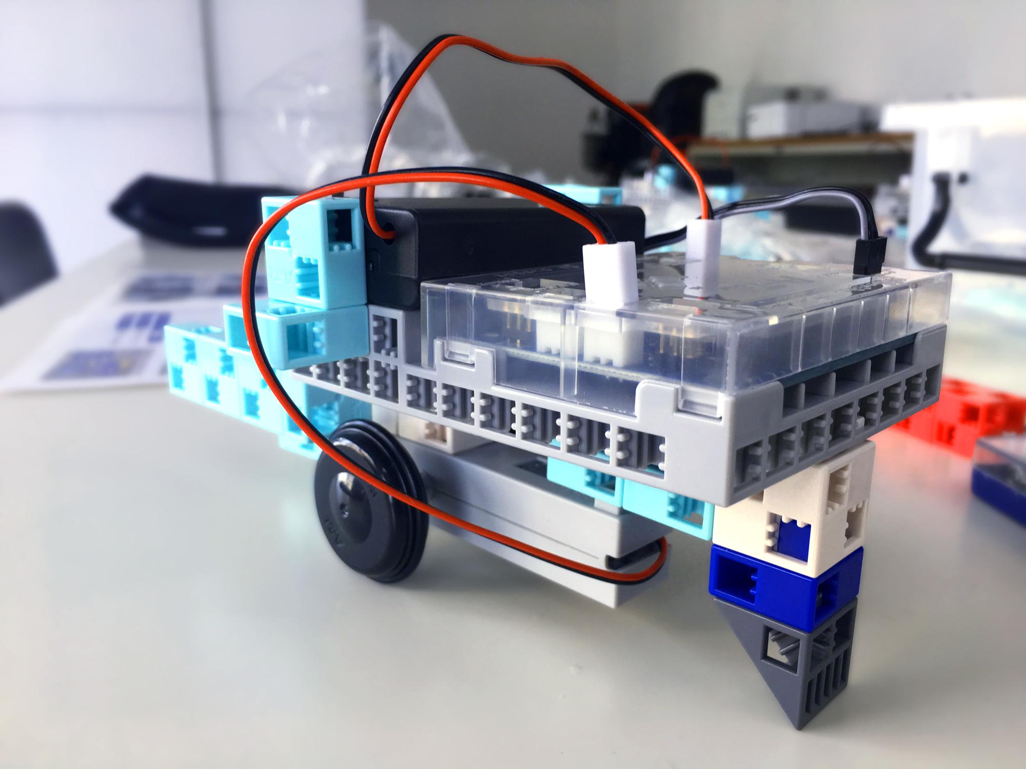 ロボットプログラミングスクール